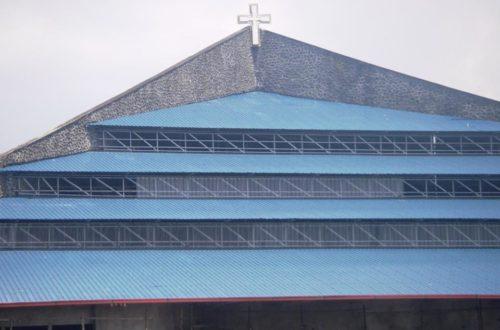 Article : RDC: L'église rend hommage au Colonel Mamadou Ndala le héros des Kivutiens